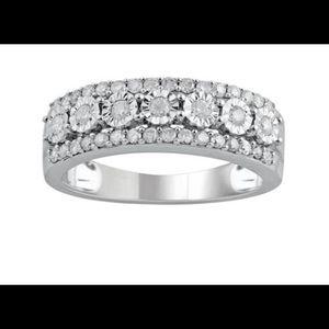 10k White Gold 1/2 Carat Diamond Triple Row Ring.